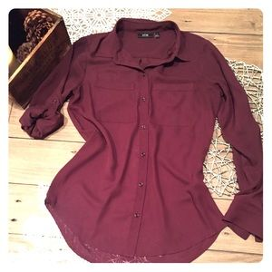Wine colored polyester blouse apt9 Sz Xs